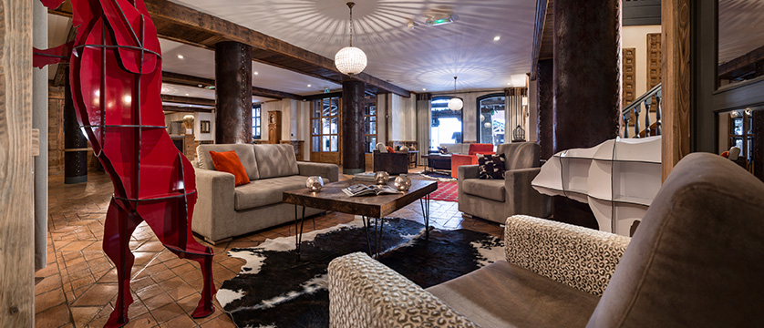 france_espace-killy-ski-area_tignes_village-montana-hotel_reception2.jpg